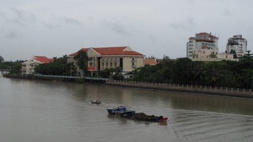 http://mekongdeltaexplorer.vn/wp-content/uploads/38690439-300x168.jpg